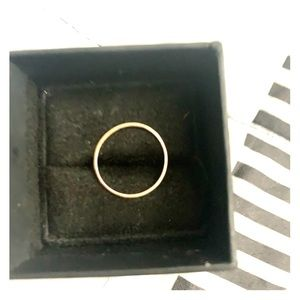 14kt rose gold ring
